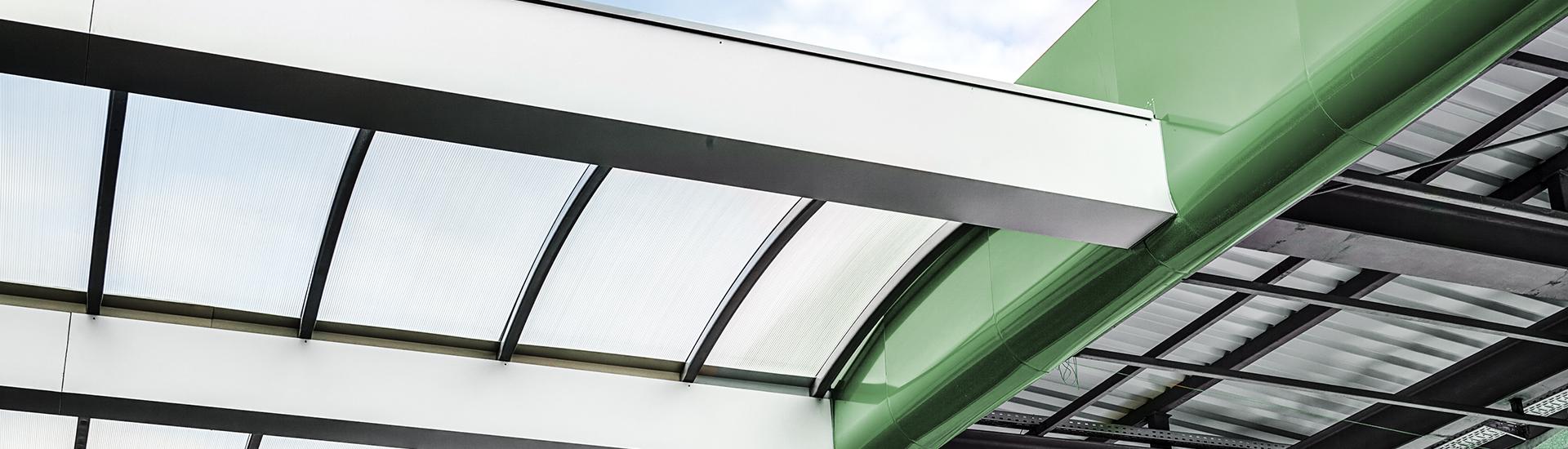 Industriedächer für Gewerbeimmobilien, Industrie- und Gewerbehallen